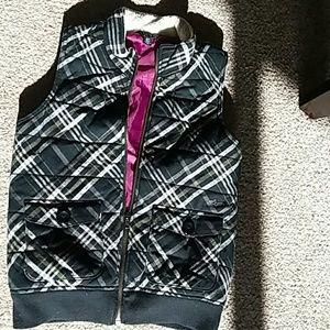 Volcom winter vest. Super cute great condition